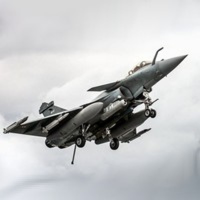 AVIATION : La France lance une nouvelle version très connectée du Rafale