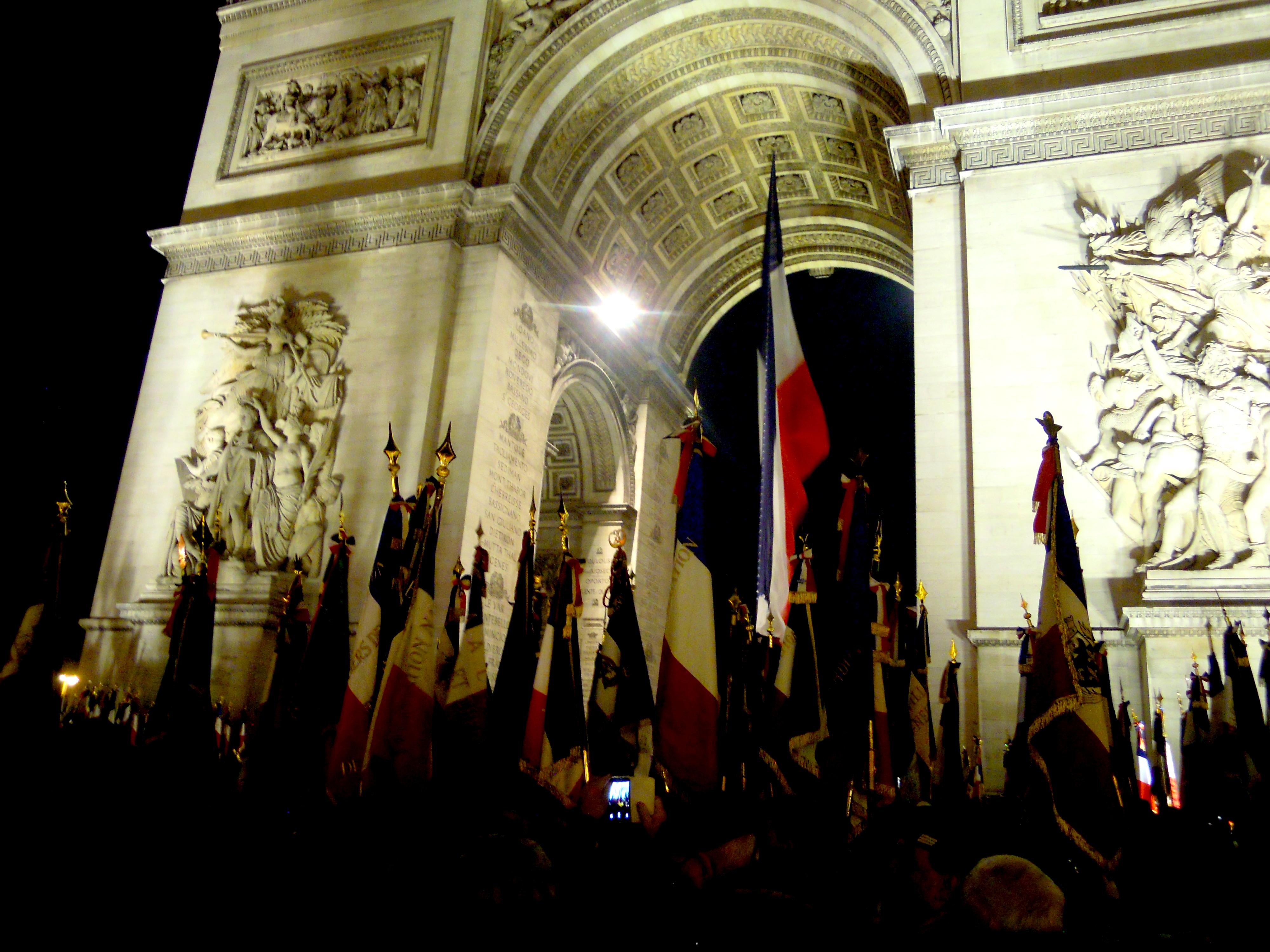 1000 drapeaux pour 100000 morts photo transmise par photographe amateur 3