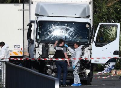 ASAF sélection - juillet 2016 Nice_attentat_camion